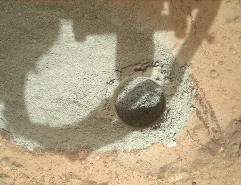 Curiosity drills a hole into a  Rock on Mars